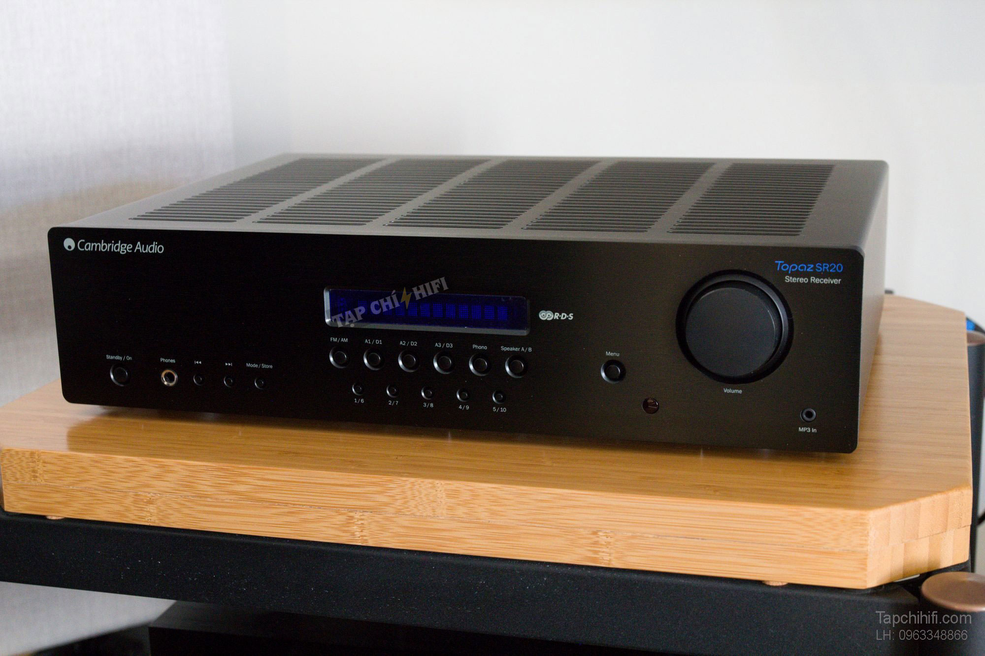 ampli Cambridge Topaz SR20 can canh